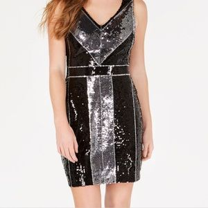 Dresses & Skirts - Sequin bodycon dress